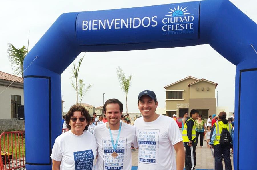 Los runners listos para partir en la carrera 5K de Ciudad Celeste