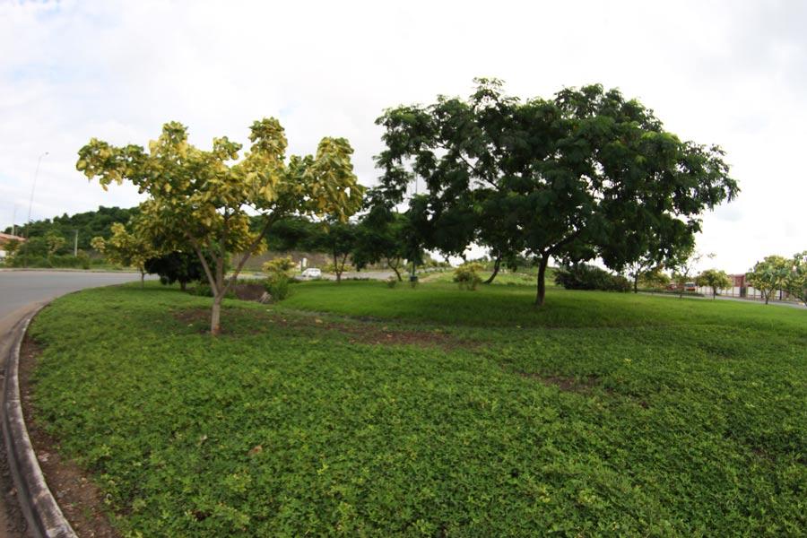 Pequeño parque ubicado entre Rey Arturo, Reina Beatriz y Princesa Diana