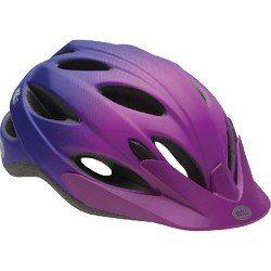 Un buen casco debe quedar bien justo en la cabeza, no debe sobrar ni un milímetro