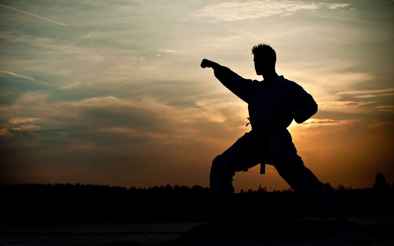 Simón de la Rosa enseña este arte marcial de lunes a viernes en Estelar