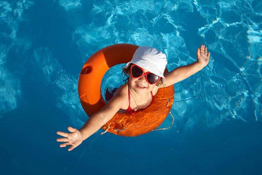 Disfruta de la piscina este feriado