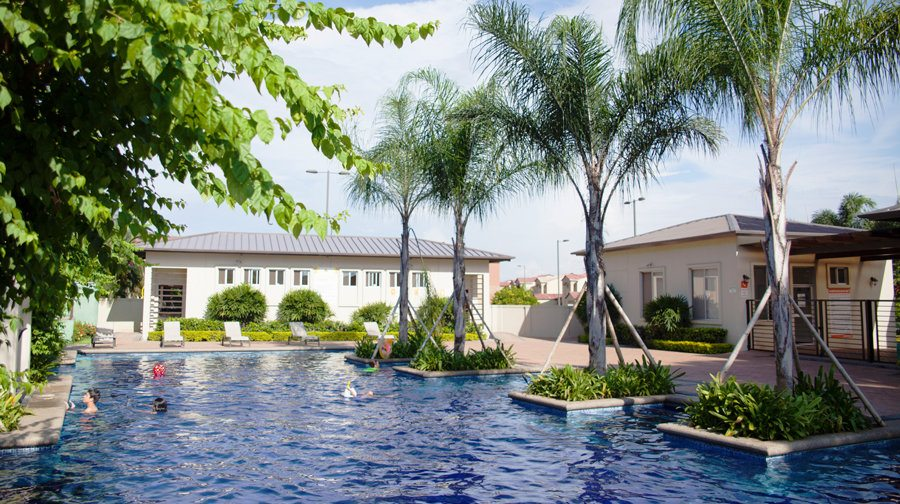 Las piscinas cristalinas de las Ciudades para Vivir no se cuidan solas